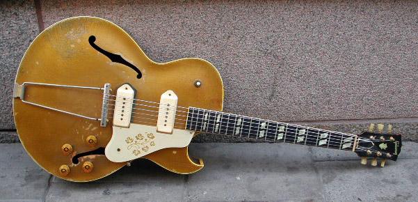 1953_Gibson_ES-295_A15767.jpg