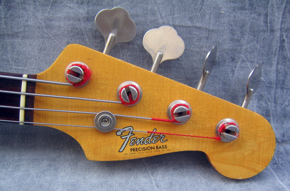 tete fender 1966_Fender_Precision_Bass_157236_head