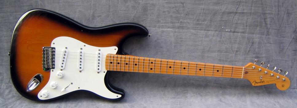 1991_Fender_Stratocaster_%2757_Reissue_V052474.jpg
